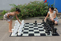 Giant Chess Pieces - 40cm (16 inches) includes Nylon Playing Mat